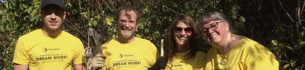 Stantec Volunteers at Mary Cummings Park